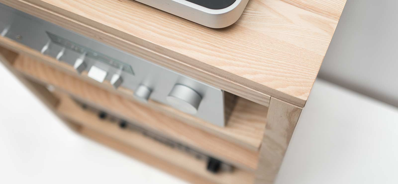 Dovetail Audio Rack